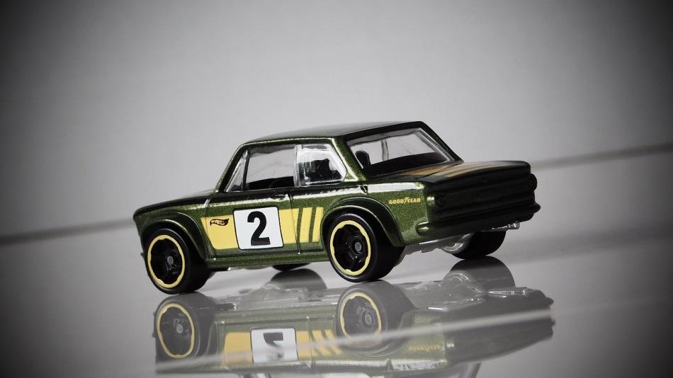 model-auto-green-nr2