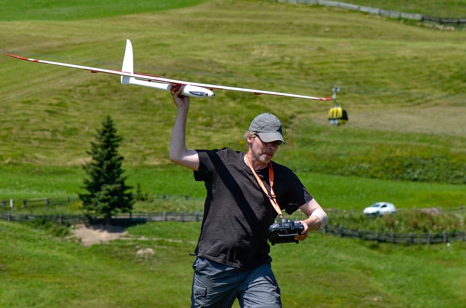 remote-control-glider-in-the-man's-hand