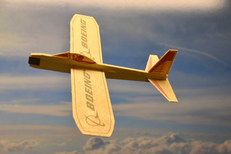 Flying thin balsa wood model airplane